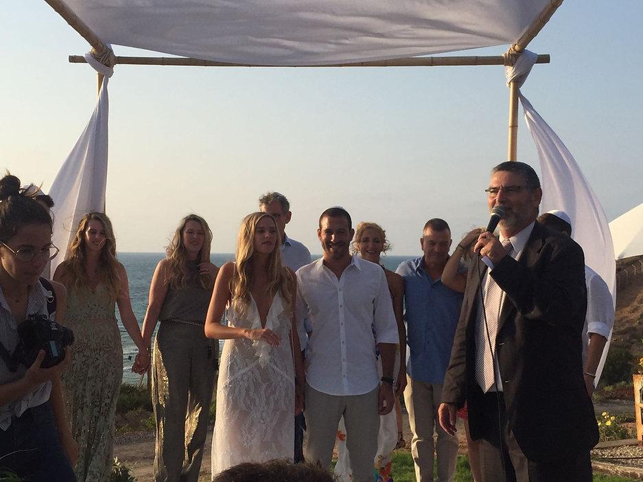 חתונה על הים.jpg
