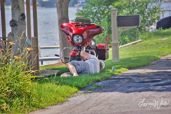 Summer2020_LakeSaratoga_MotorcycleFix©2