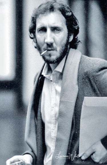 Pete-Townshend©80LawrenceWhite.jpg