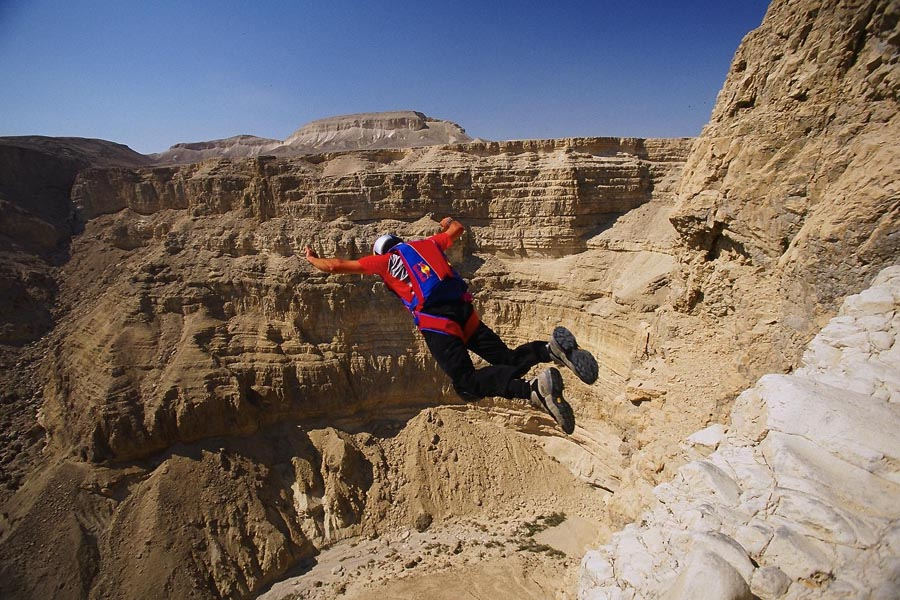 Base Jumping Dead Sea