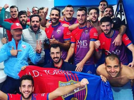 El Torre del Mar tira de casta para remontar en Fuengirola (2-4)