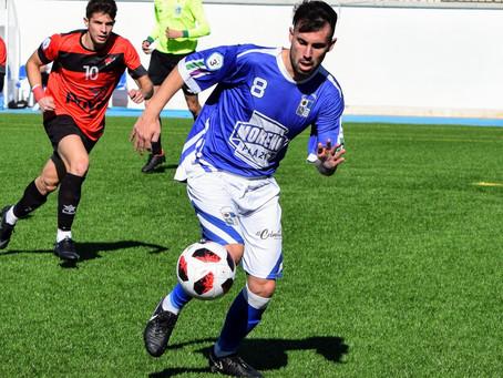Dani Espinar, calidad y experiencia para el centro del campo del Vélez C.F.