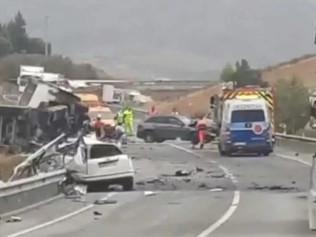 Última hora: Un fallecido y cuatro heridos en un accidente de tráfico en Málaga