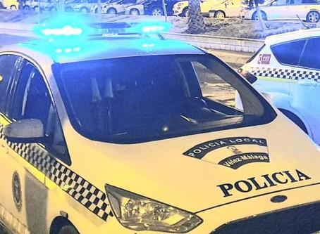 Detenido en Vélez-Málaga por arrojar vasos a la calle desde la quinta planta de un edificio