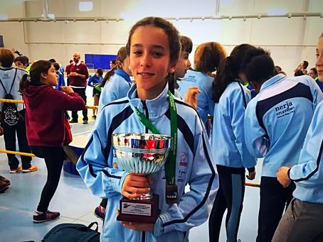 La atleta torreña Naiara García, campeona de Andalucía por equipos en los 1000 metros