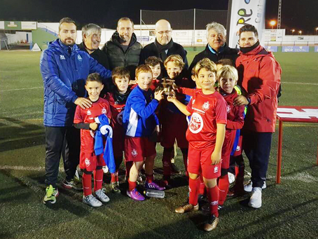El Rincón logra la primera plaza en el el I Torneo de Navidad de Torre del Mar