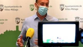 Vélez presenta una línea de ayudas a Pymes y autónomos y trabaja en las del IBI