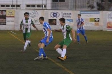 El Nerja se complica su futuro con una derrota ante Las Lagunas (1-3)
