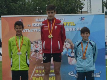 Atletismo   El nerjeño Alejandro Canca, bronce en el nacional infantil de Valladolid