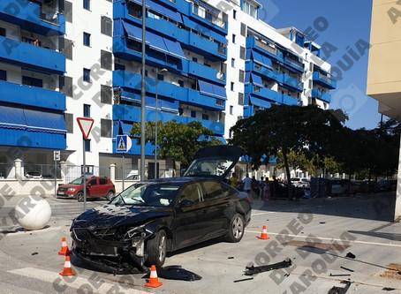 Accidente frontal en un cruce de la zona del SUP-T12 de Torre del Mar