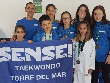 Dos oros para el Sensei Torre del Mar de taekwondo en Antequera