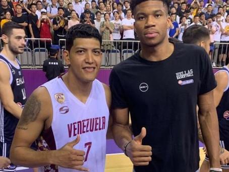 Jhornan Zamora, un ex Clínicas Rincón en el Mundo Básket de China