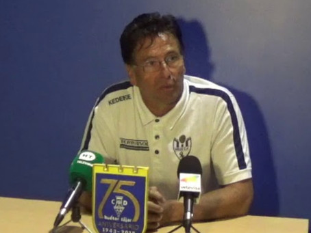 Condenan al Vélez CF al pago de 4.531 euros en favor del técnico Lucas Cazorla