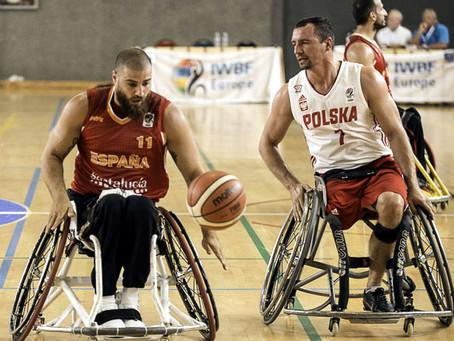 La Españade JesúsRomero sigue adelante en el europeo tras ganar a Polonia (59-70)