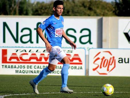 El Vélez sigue construyendo su plantel y ficha al central zurdo Leo Márquez