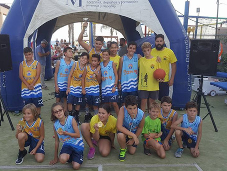 Torre Básket 'Bandera Azul' se lleva la final de Mini Básket del 3x3 de Algarrobo