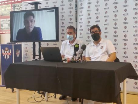 Como adelantaba El Eco Deportivo, el Vélez hace oficial al técnico Miguel Ángel Beas