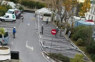 Última hora: El Hospital de la Axarquía instala una gran carpa en el exterior