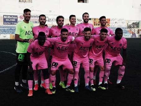 El Vélez encara una semana decisiva antes de su debut liguero