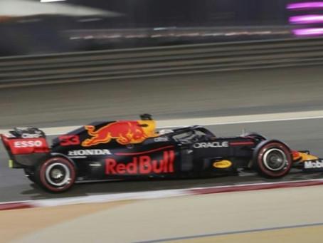GP Bahrein F1: Verstappen, pole ante Hamilton; Carlos Sainz y Alonso, en el Top-10