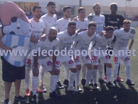 El Vélez golea al Melilla y aleja los fantasmas de lo económico (4-1)
