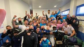 El Vélez confirma su liderato con una victoria ante el Atlético Malagueño (2-0)