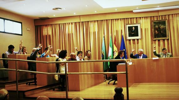 El pleno de Vélez aprueba la elaboración de un Plan de Igualdad