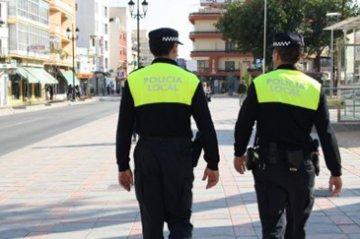 La Policia Nacional Rescata A Una Nina De Dos Anos Encerrada