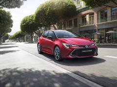 El nuevo Toyota Corolla se presenta para la comarca de la Axarquía