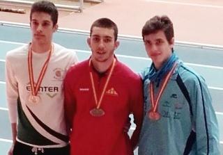 Atletismo   Cinco medallas para Nerja en el campeonato nacional junior