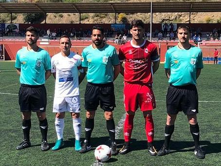 El Rincón se lleva de penalti el derbi axárquico ante el Vélez (1-0)
