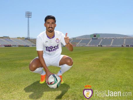 El interior izquierdo Victor Armero, nuevo fichaje del Vélez Club de Fútbol