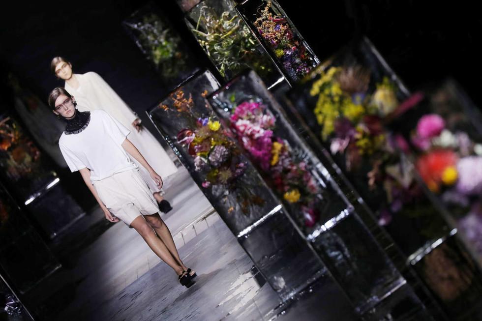 THE IDEA // AZUMA MAKOTO'S ICED FLOWERS AT DRIES VAN NOTEN
