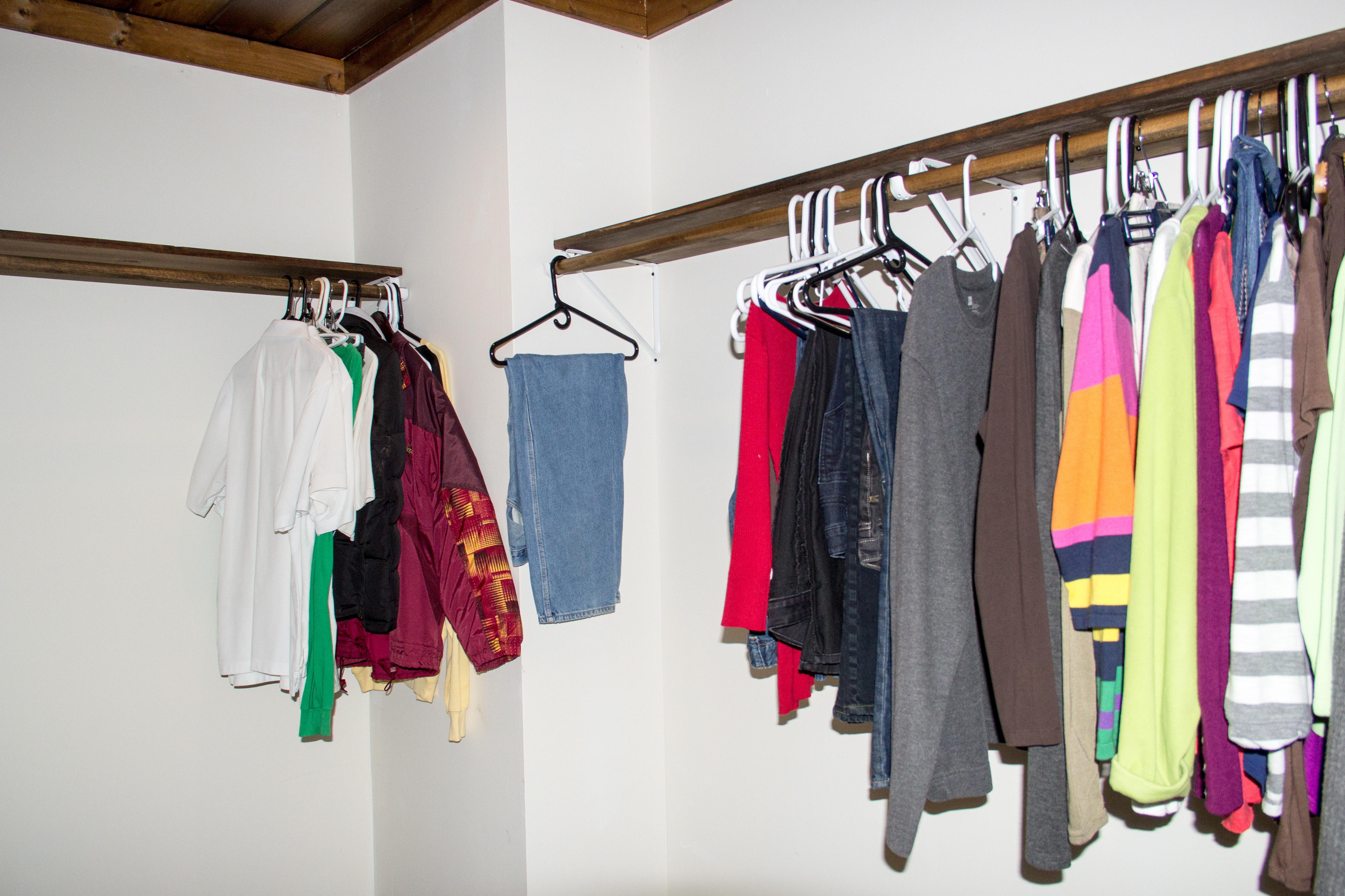 Master Large Walkin Closet