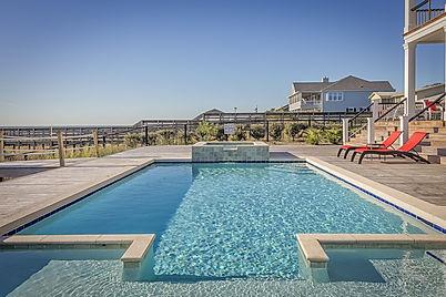 Des tâches sur le liner de piscine peuvent apparaitre et occasionne une gène esthétique