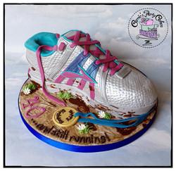 Running shoe cake