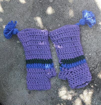 Plum Tassel Fingerless Gloves
