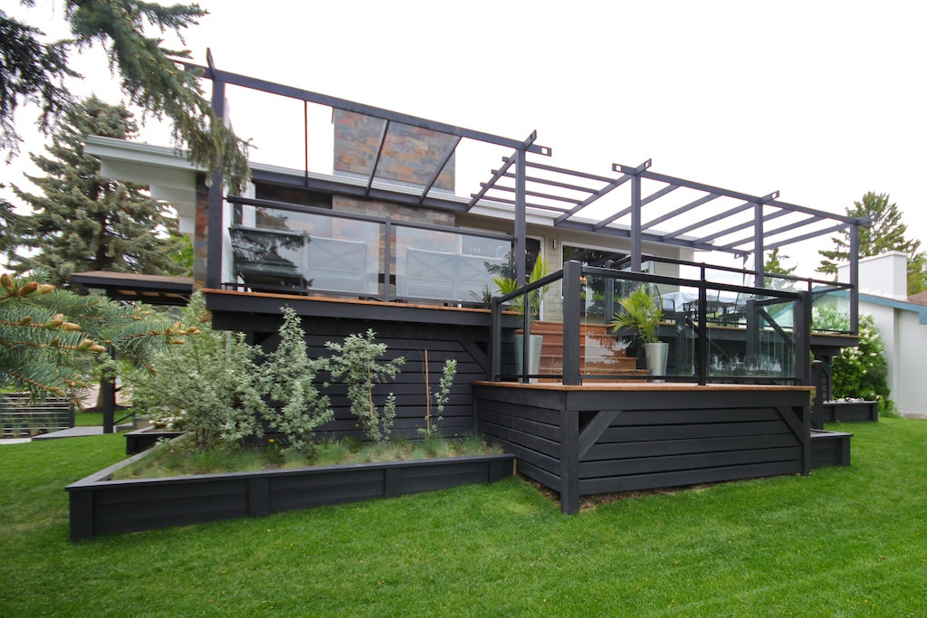 6303 Large Multi Level Deck