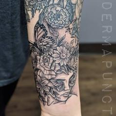 flower head tattoo, best tattoos, dermap