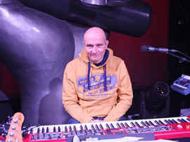 Peter Wagner Piano 2.jpg