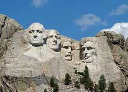 What is the story/facts behind Mount Rushmore?