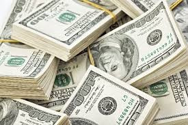 Why international transactions are done using US currency?