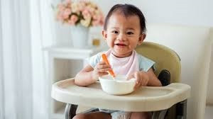 How to introduce Solid food to baby ?
