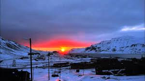 """What is """"The Midnight Sun"""" and where can we see this phenomenon?"""
