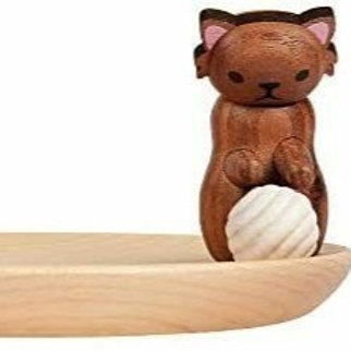 Wooden Tray with Cat playing with Wool