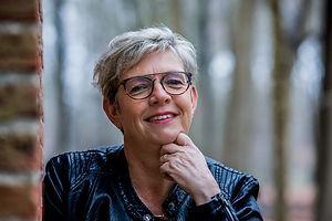 Lianka Vermeulen _ To Assist, Grenzeloze
