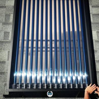 ZLUZ roof install hand