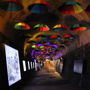 อุโมงค์ไฟหลากสี ทวิน ทันเนิล (Twin Tunnel)
