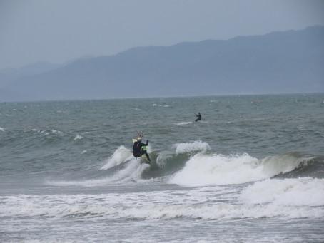 4月3日の小松海岸カイトボード