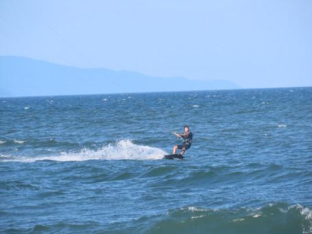 7月24日の小松海岸カイトボード